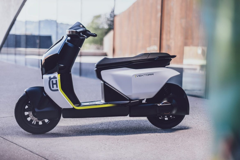 Husqvarna Motorcycles amplia la sua offerta di mobilità urbana con uno scooter elettrico